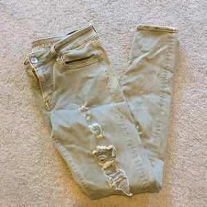 AEO Jegging Ripped Army Green